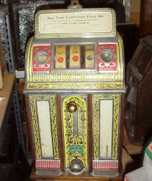 Caille-Victory-Pull-Antique-Slot-Machine