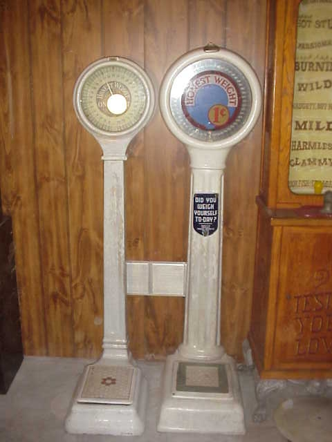 Vintage Penny Porcelain Scales Gameroom Show