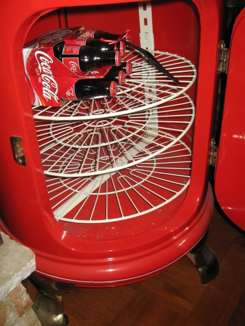 Coca Cola Round Ice Soda Box Cooler Professionally