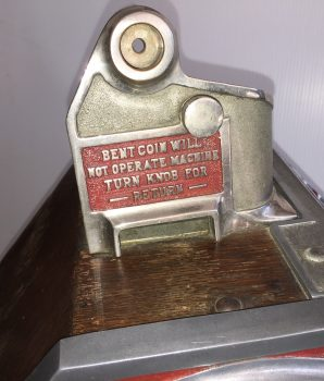 JENNINGS LITTLE DUKE 1c SLOT MACHINE c 1932