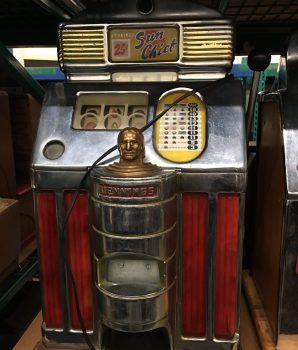 Jennings Quarter Sun Chief Light Up Model Slot machine
