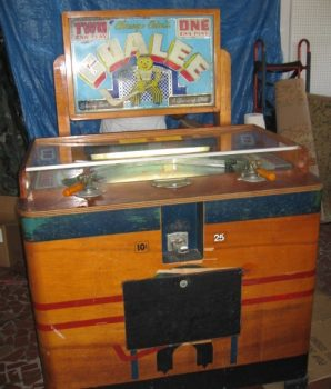 HERSEY PARK GOALEE HOCKEY PENNY ARCADE MACHINE