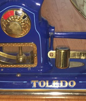 1899 Toledo Computing Scale Co. Candy 4 lb Scale Style No. 225