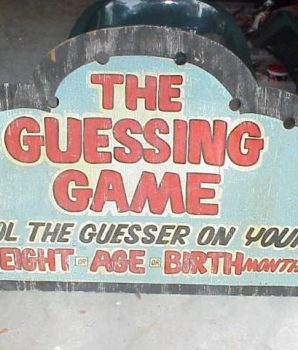 """The Guessing Game"" Arcade Sign"